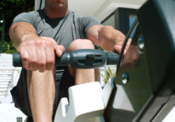 sunny health fitness obsidian surge water rower review